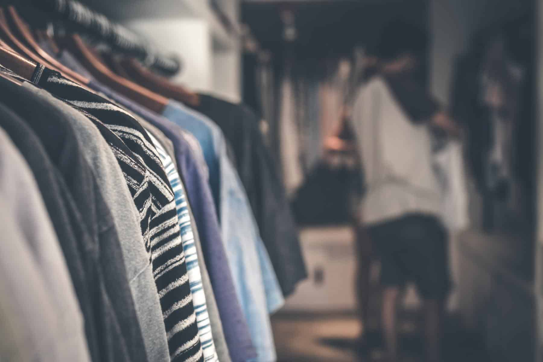 5 steps to declutter your closet