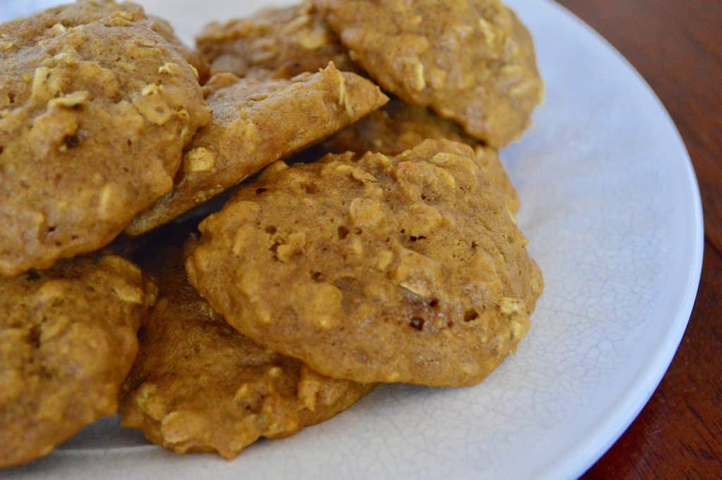 Pumpkin Spice Cookie with oats and cinnamon