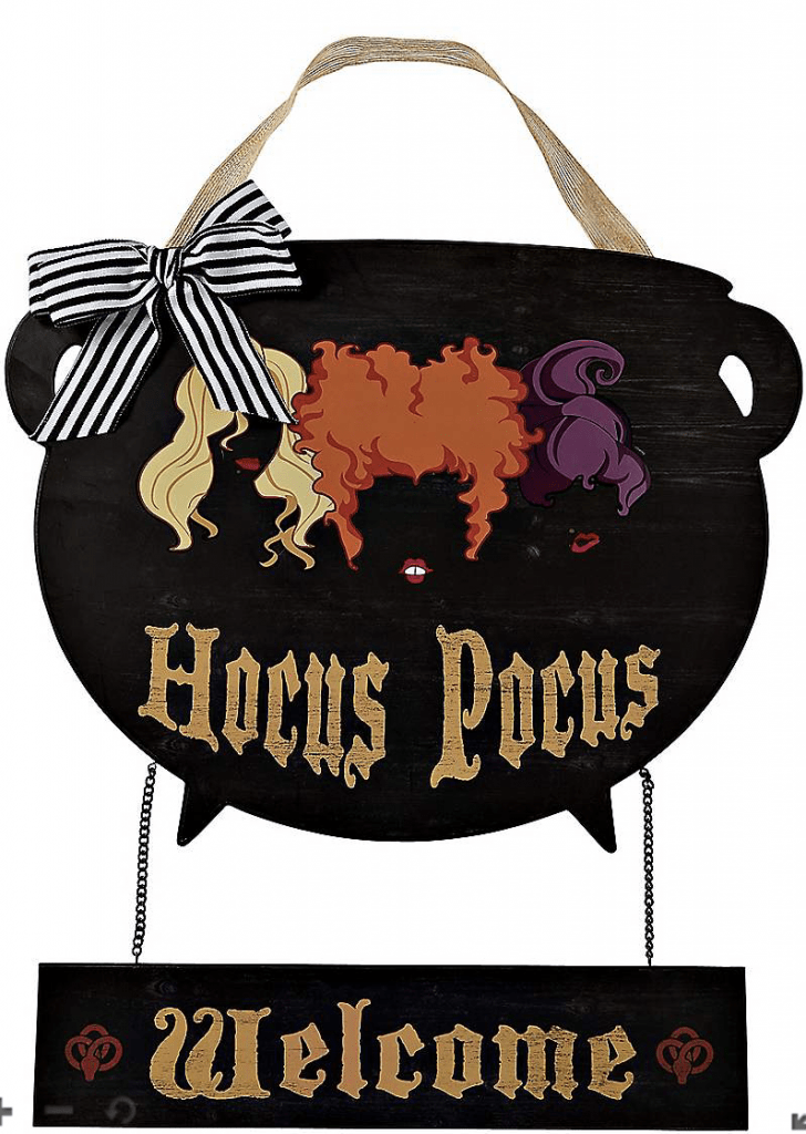 hocus pocus cauldron wreath for door.