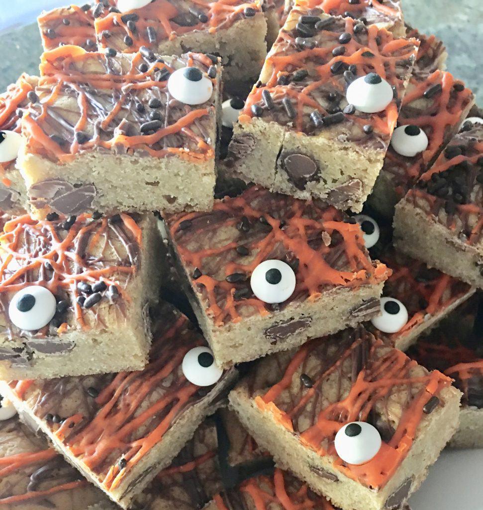 halloween cookie bars