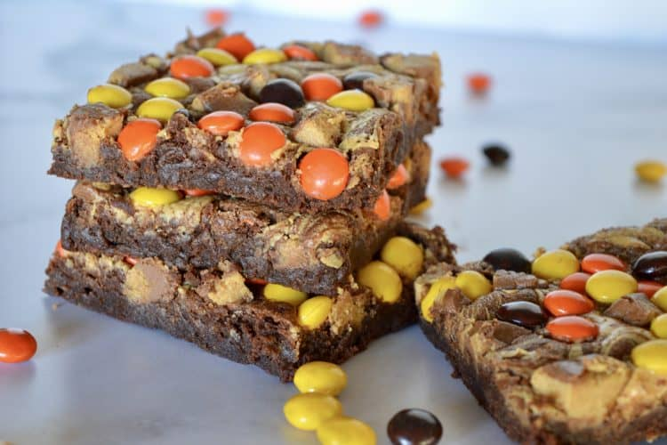 BEST Reese's Brownies – So Easy!