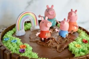 kit kat birthday cake with peppa pig and George