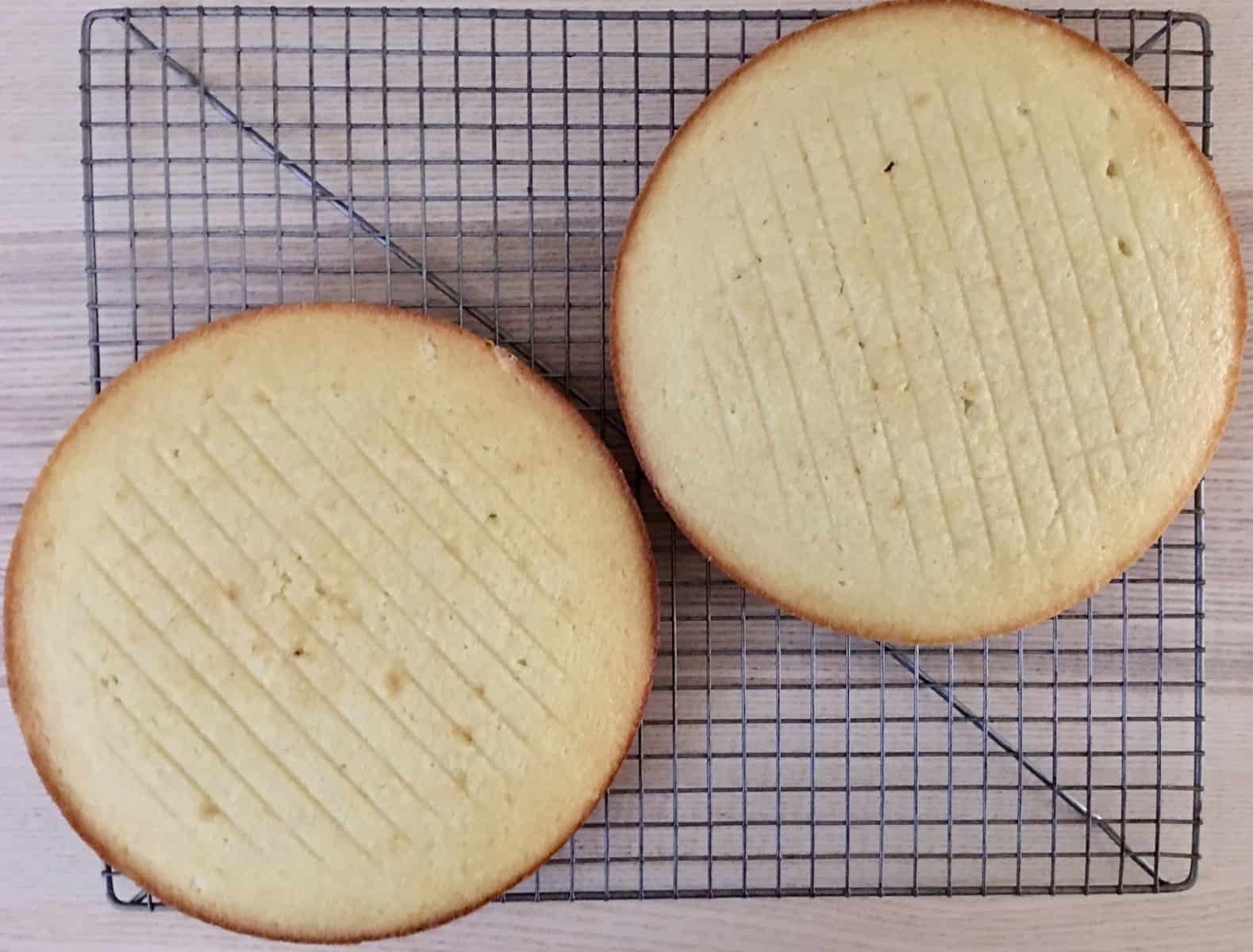 baked rounds cooling on a wire cooling rack.