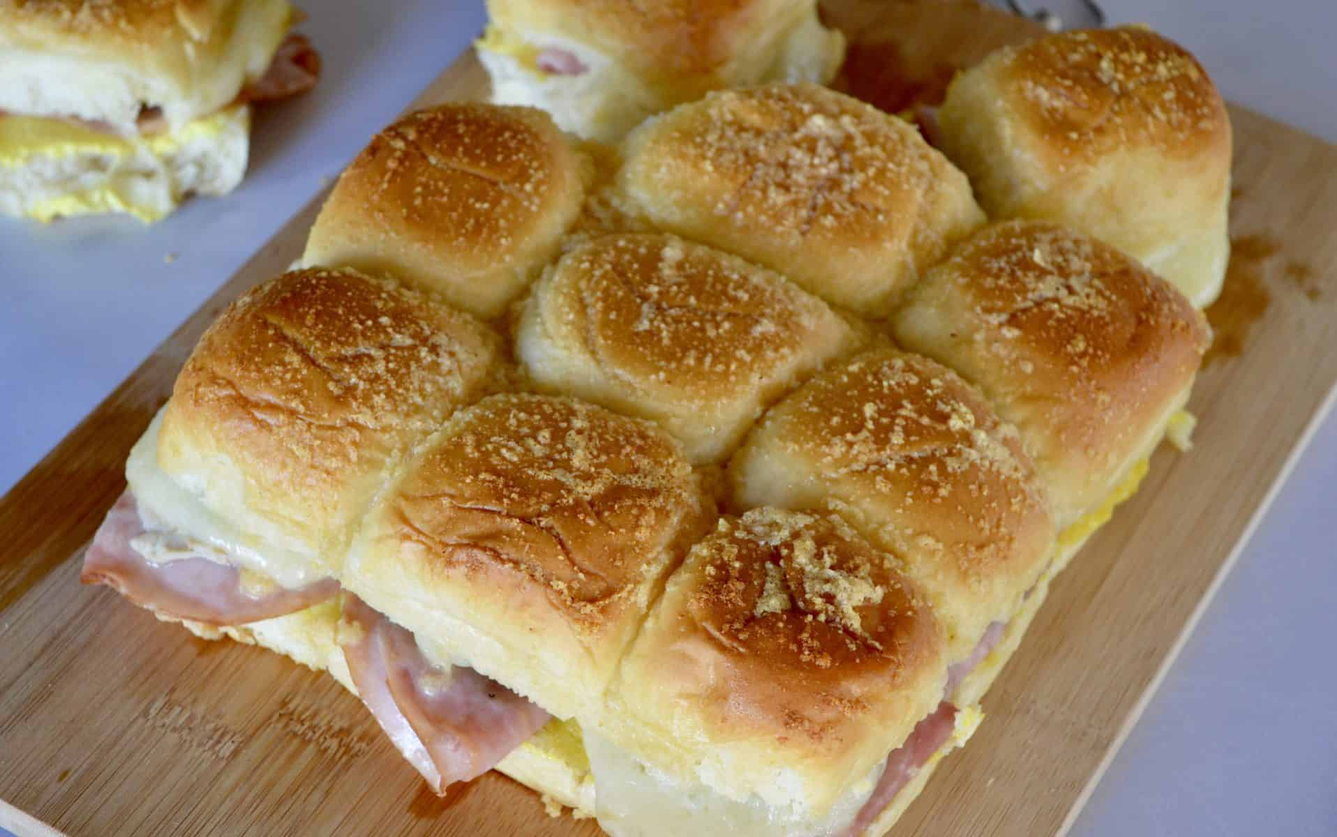 overhead view of king's Hawaiian bun mini sandwiches.