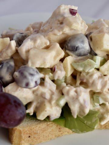 Rotisserie chicken salad on bread.